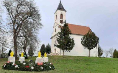 U Općini Levanjska Varoš postavljen prigodan adventski vijenac