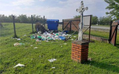 Komunalni nered na mjesnom groblju Ovčara